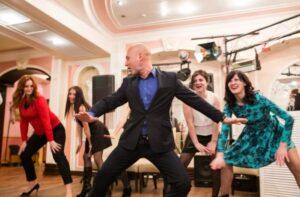 Корпоративный праздник – танцуют ВСЕ!